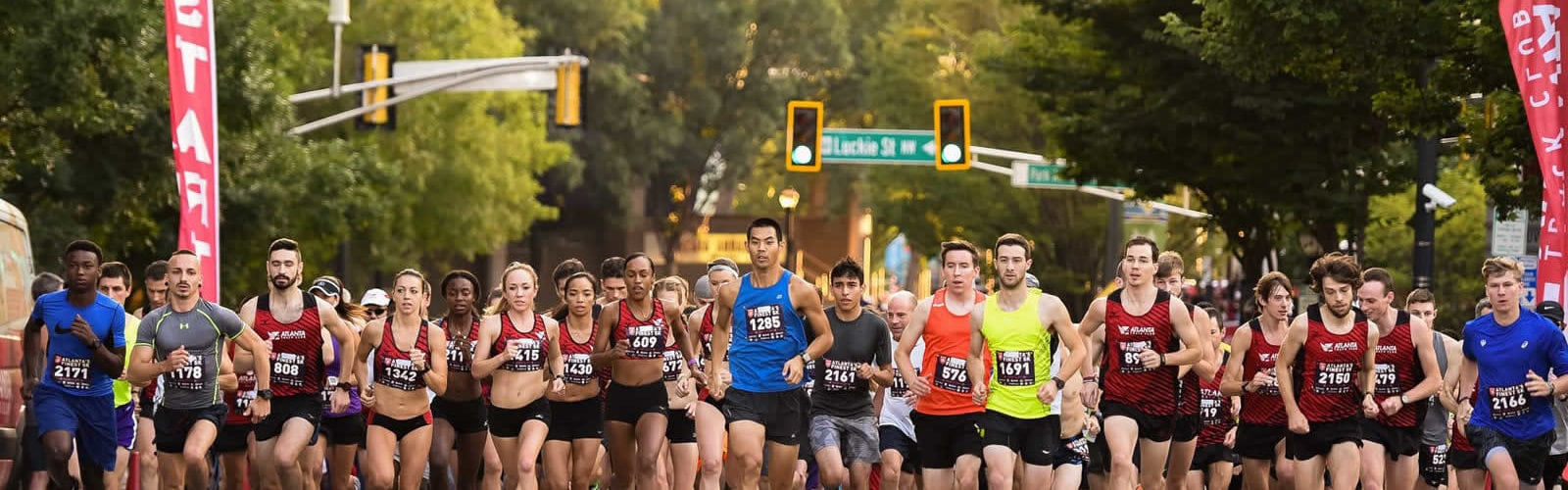 peachtree-road-race-course-sport-4-juillet-independance-etats-unis-tradition-une