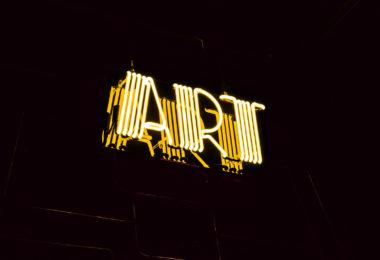 article-spotlight-on-art