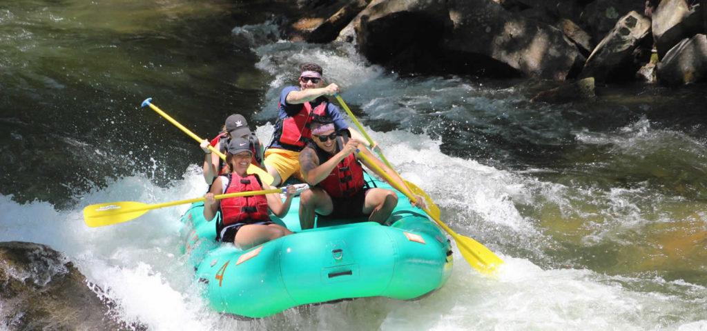 rafting-sport-pagaie-riviere-georgie-rolling-thunder