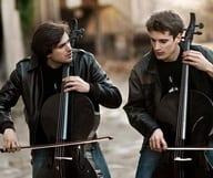 2 violoncelles et 1 scène