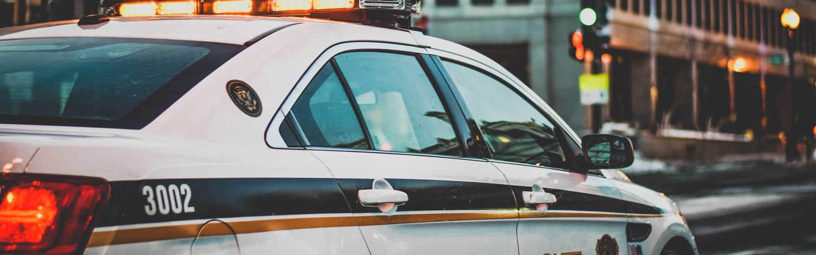 police-systeme-policier-etats-unis-fbi-dea-nypd-swat-une
