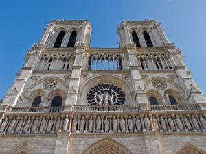 monuments-edifices-eglises-basiliques-palais-temples-visites-touristes-monde-g-03
