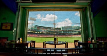 bleacher-bar-supporter-red-sox-nation-baseball-une