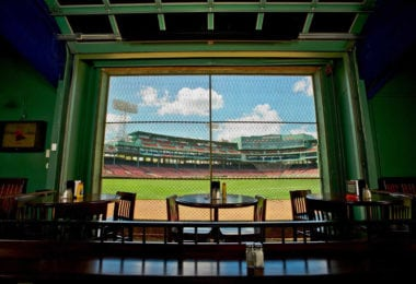 Le Bleacher Bar, la Mecque du Baseball à Boston