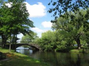 profiter-de-charles-river-esplanade