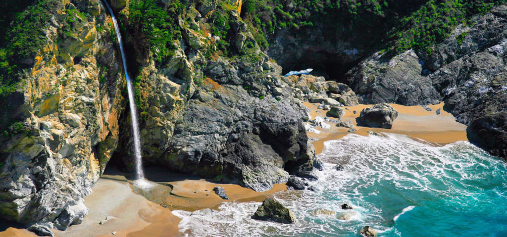 big-sur-paysage-balade-falaises-chutes-mcway-falls