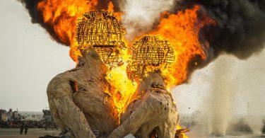 festival-burning-man-desert-black-rock-city-nevada-une