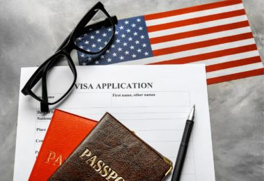comment-obtenir-visa-e2-employe-essentiel-conditions-delais-frais-une