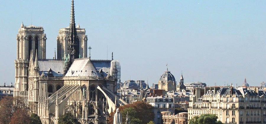 monuments-edifices-eglises-basiliques-palais-temples-visites-touristes-monde-notre-dame-paris