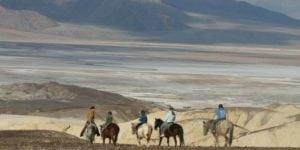 weekend-death-valley-californie-nevada-parc-national-usa-ubehebe-crater-randonnee-cheval