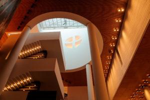 Inside_the_SF_MOMA_(7250003442)