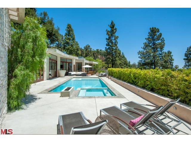 maisons de luxe vendre los angeles propri t s en californie. Black Bedroom Furniture Sets. Home Design Ideas