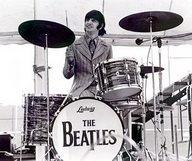 Ringo retrace sa vie de Starr