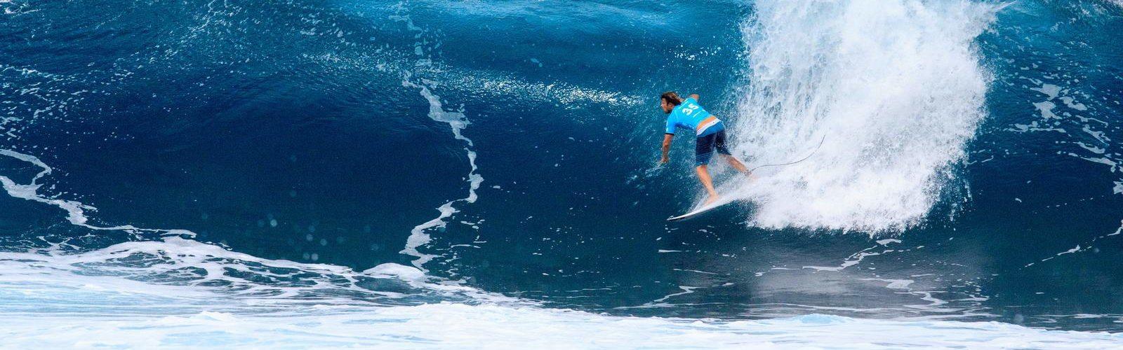 surfer-californie-sport-nautique-une