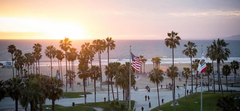 plus-belles-vues-rooftops-los-angeles-hollywood-erwin-hotel