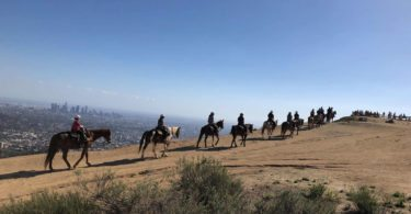 faire-cheval-equitation-balade-nature-los-angeles)une