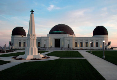 etoiles-systeme-solaire-au-griffith-observatory-une