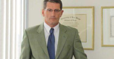 avocat-immigratio-law-offices-laurent-vonderweidt-los-angeles-push