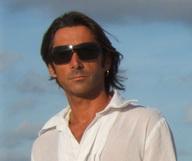 Dominic Ferrario, « La haute coiffure dans un salon zen et convivial » – membre du French District