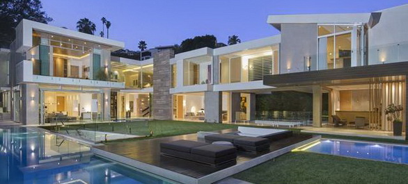 marco de longeville agent immobilier sp cialiste de l immobilier de luxe. Black Bedroom Furniture Sets. Home Design Ideas