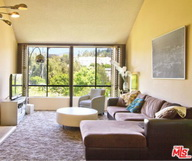 A vendre : superbe appartement en plein Hollywood