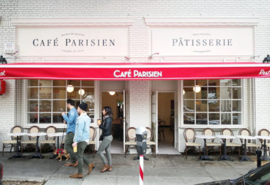 cafe-parisien-bistrot-typique-paris-larchmont-village-une
