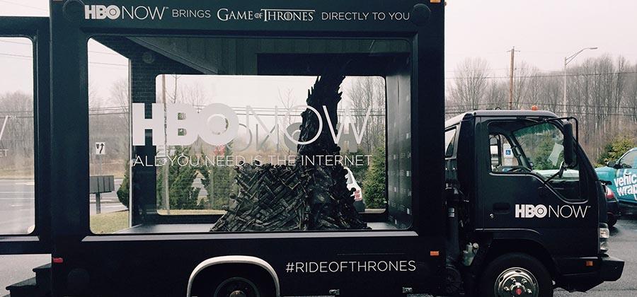 led-truck-media-presente-camions-publicitaires-vitres-aquarium-game-of-throne