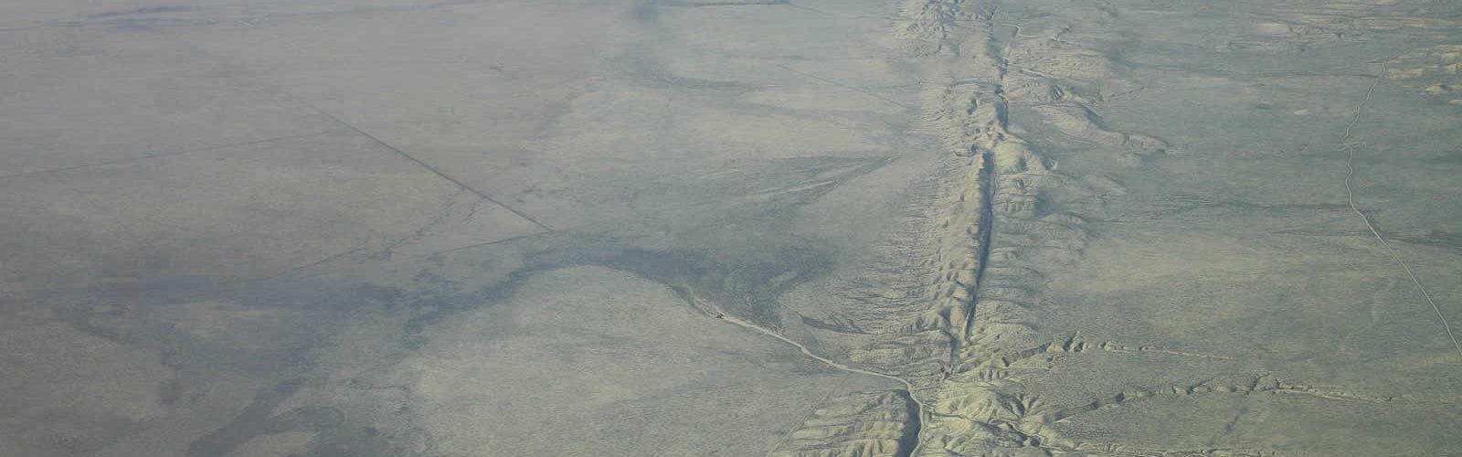 faille-san-andreas-seismes-une