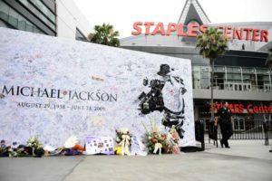 the-staples-center-where-michael-jackson-memorial-is-held-1024x681