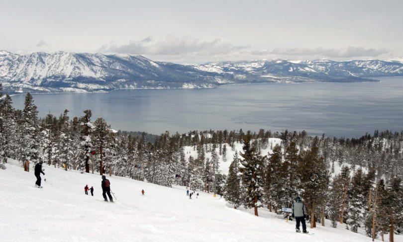 skier-autour-de-chicago-station-neige-sport-hiver-une-2