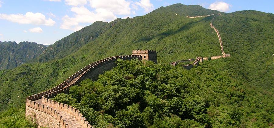 monuments-edifices-eglises-basiliques-palais-temples-visites-touristes-monde-grande-muraille-chine