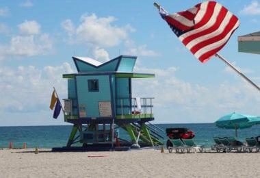 dangers-mer-floride-drapeaux-requins-meduses-meteo-pollution-une