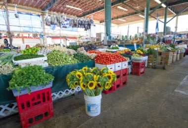 redland-farmer-market-homestead-fruits-legumes-une