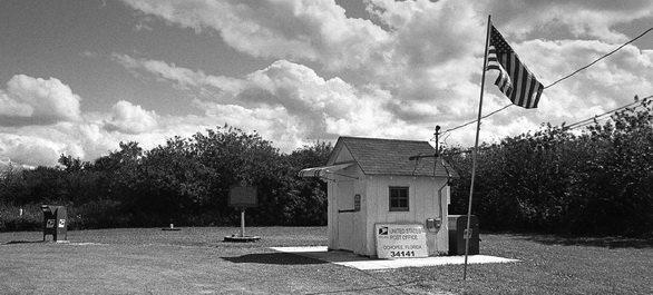 le plus petit bureau de poste des etats unis est en floride ochopee. Black Bedroom Furniture Sets. Home Design Ideas