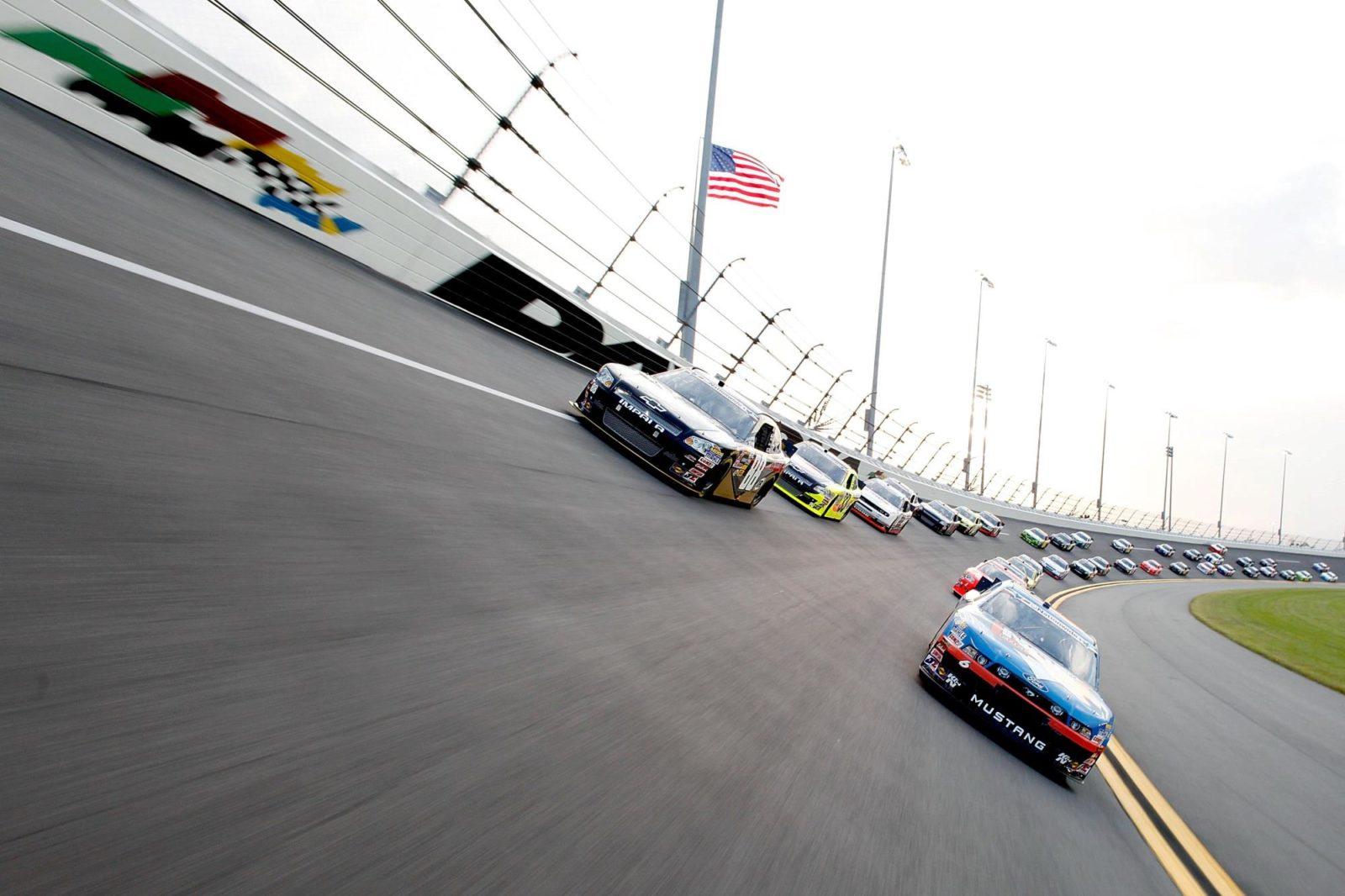 W International Speedway Blvd Daytona Beach Fl