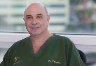 Serge Papiernik – Docteur en chirurgie dentaire – Miami Smile Dental