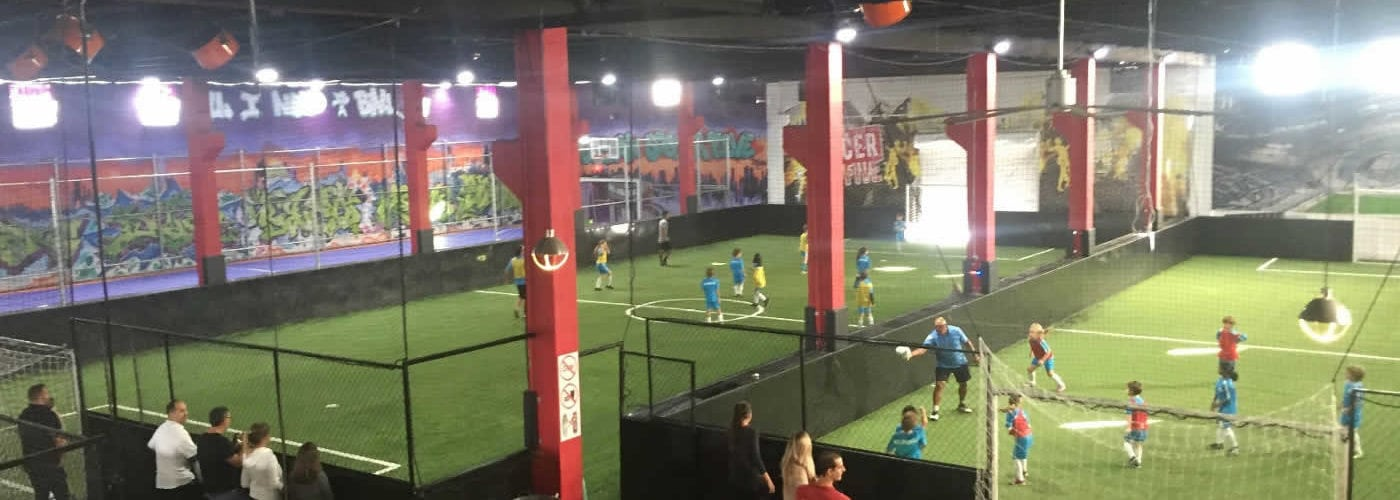 miami-indoor-soccer-football-terrain-interieur-une