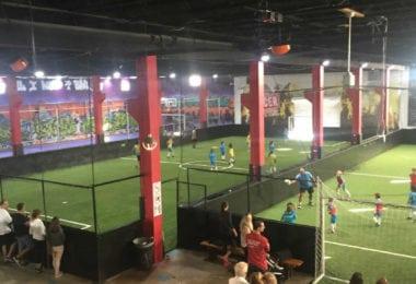 miami-indoor-soccer-football-terrain-interieur-une