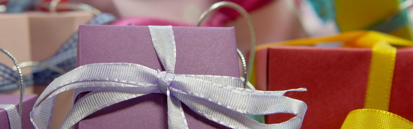 Envoyer des cadeaux de Noel depuis les Etats Unis, douanes et délais