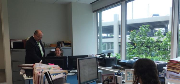 Cabinet d'avocat trilingue à Miami - Paul A. McKenna on