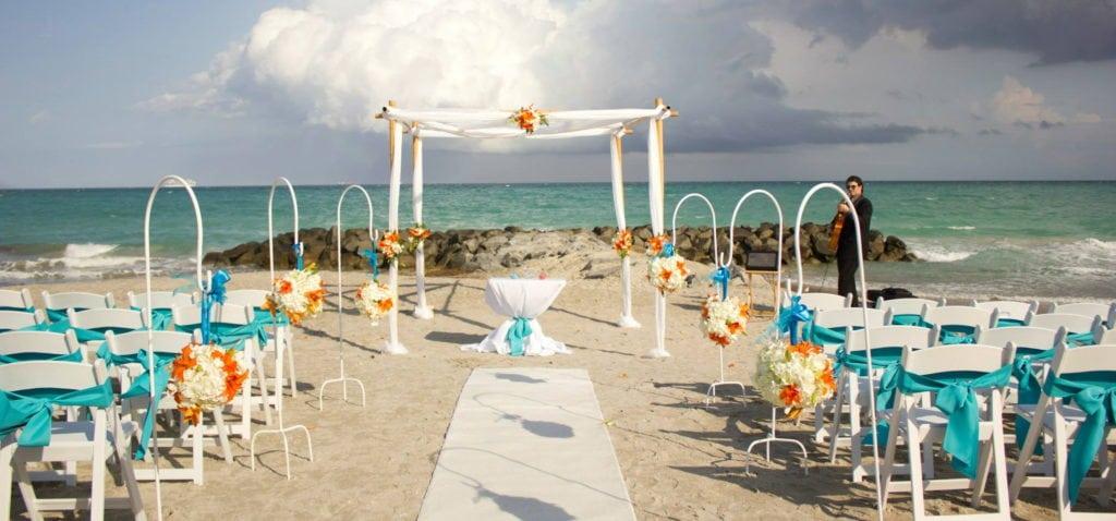 Les insolites à Miami, se marier sur la plage