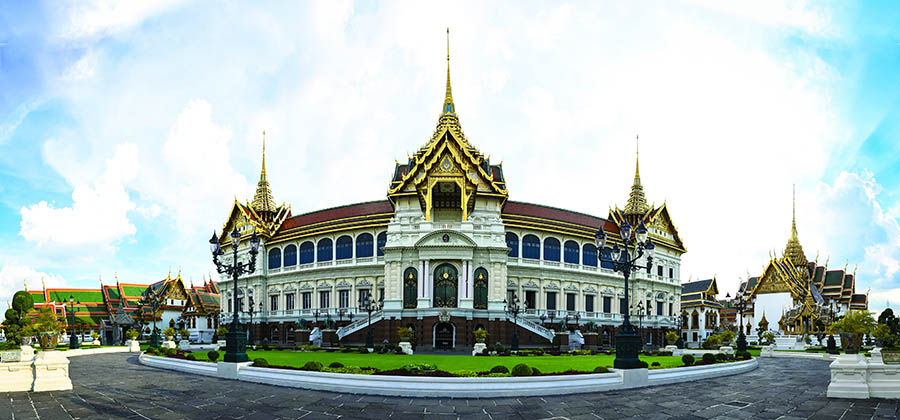 monuments-edifices-eglises-basiliques-palais-temples-visites-touristes-monde-palais-royal-bangkok