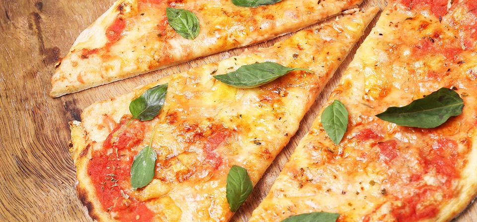 specialites-culinaires-naissance-restaurants-bars-new-york-new-york-style-pizza