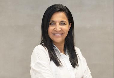 Prendez rendez-vous avec le dentiste cosmétique Patricia Moezinia
