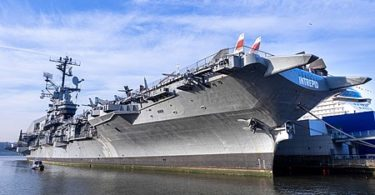 Intrepid_Museum-new-york-article.jpg