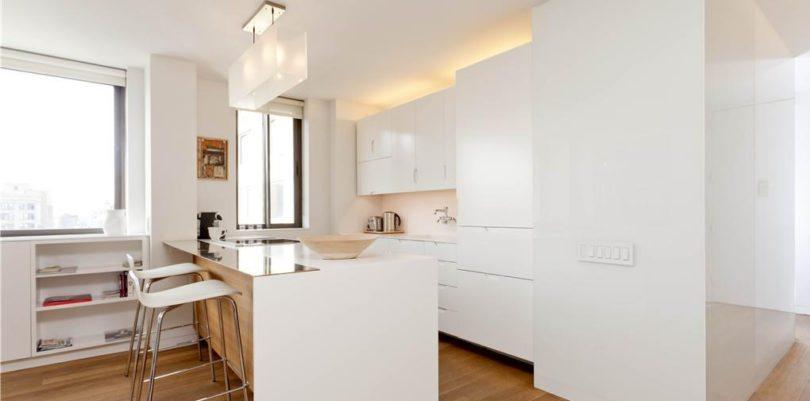 magnifique deux pi ces meubl louer dans le flat iron district new york. Black Bedroom Furniture Sets. Home Design Ideas