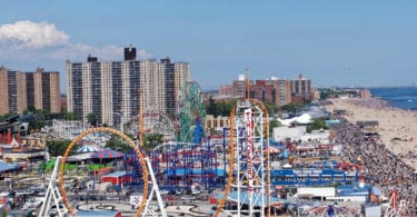 coney-island-visiter-plage-attractions-tours-luna-park-une