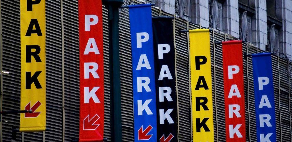 parking-garage-place-voiture-payante-gratuite-manhattan-nyc-diapo-une