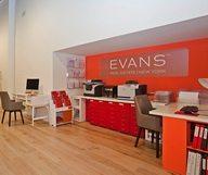 L'agence immobilière Evans emménage dans l'Upper East Side