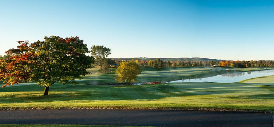 golfer-new-york-parcours-golf-club-atunyote